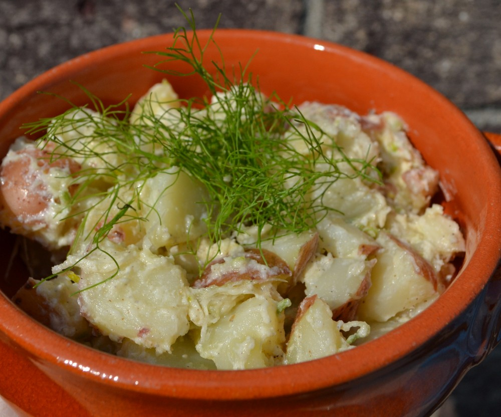 Potato Salad with Alfalfa Sprouts and Fennel