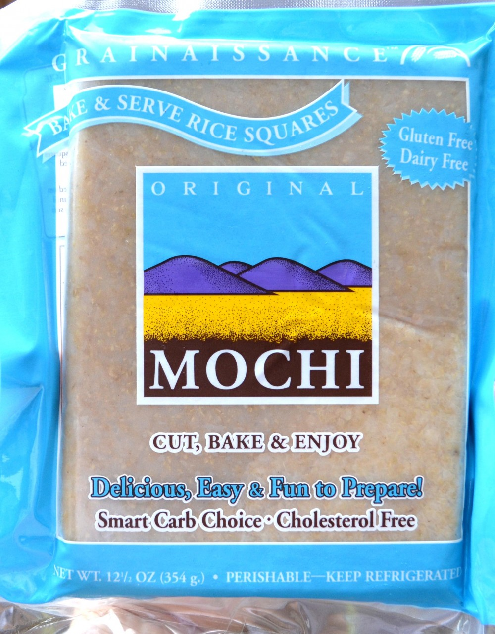 Prepared mochi, made with organic brown rice and water.