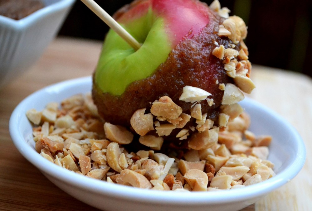 date caramel lady apples