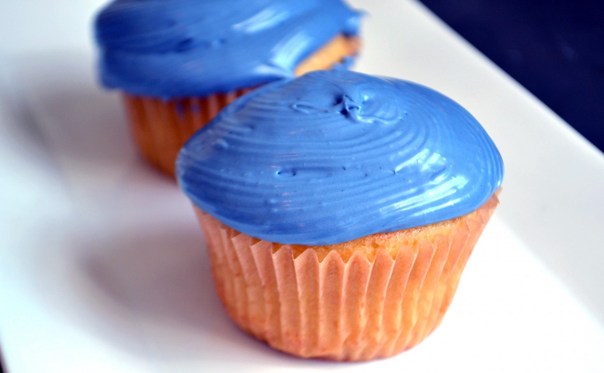 Blue Food Coloring for Your Superbowl Cupcakes! … or Any Blue Event