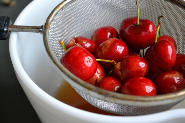 cherries_strainer1