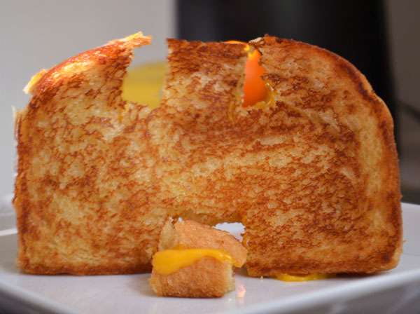 grilledcheesecastle1_600
