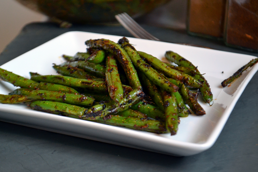 blackened_greenbeans1_900